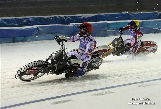 ice-speedway-togliatti-quali-2011_020
