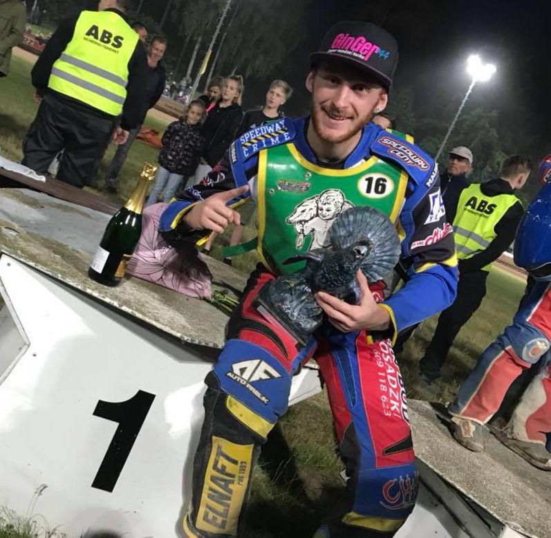 Kacper Gomolski vyhrál Aurehahnpokal v Teterowě